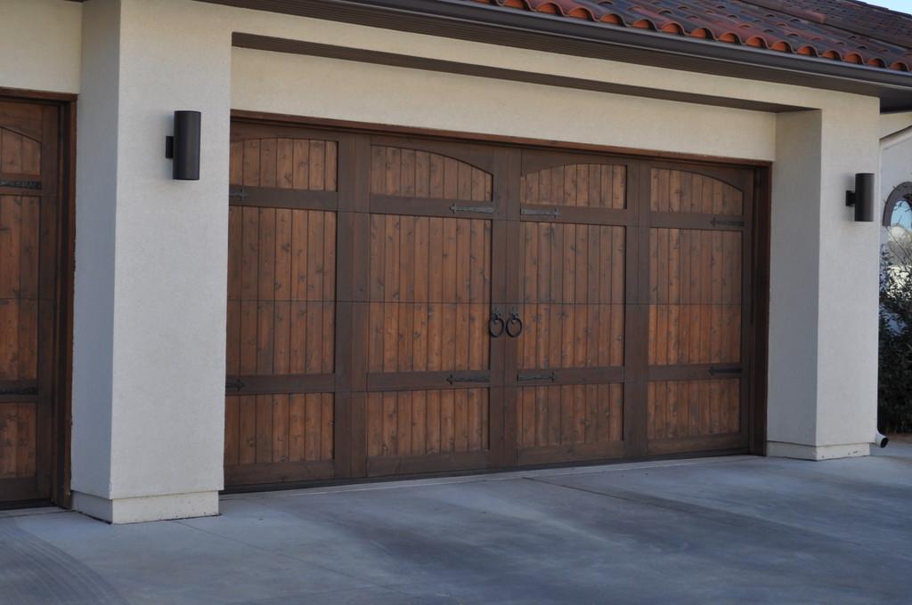 Wood Texas Garage Doors, Western Red Cedar Garage Door